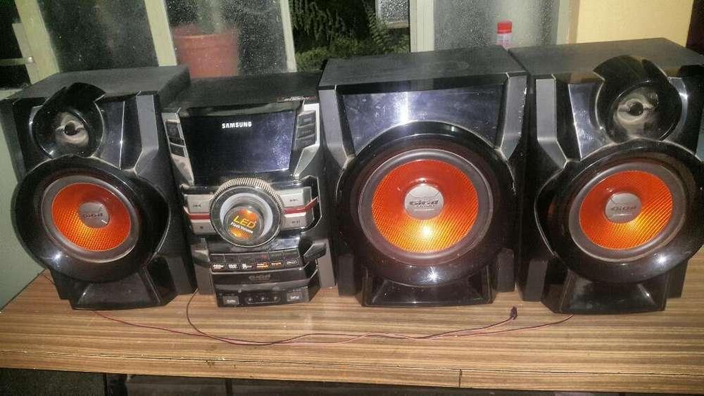 Equipo de Audio Samsung 5000w