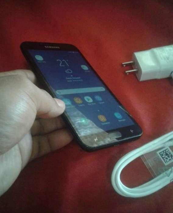 Samsung J4 2018 con Cargador Original