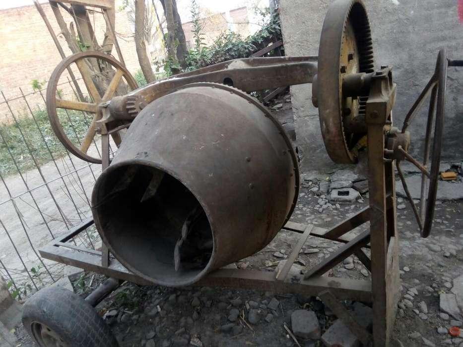 Vendo Maquina Hormigonera sin Motor