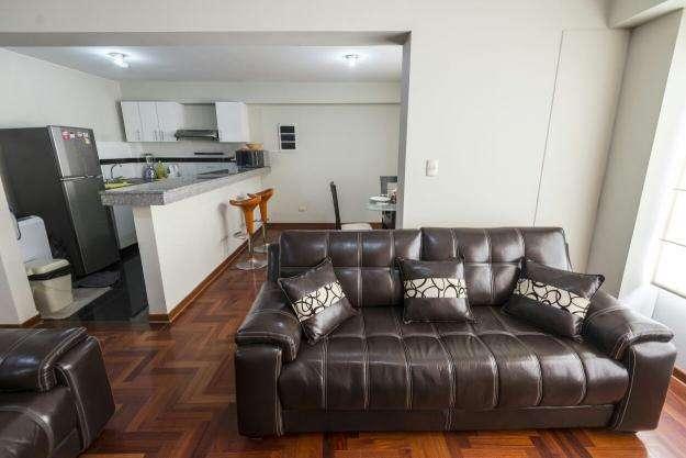 Exclusivo departamento a 2 cuadras del Parque Kenddy
