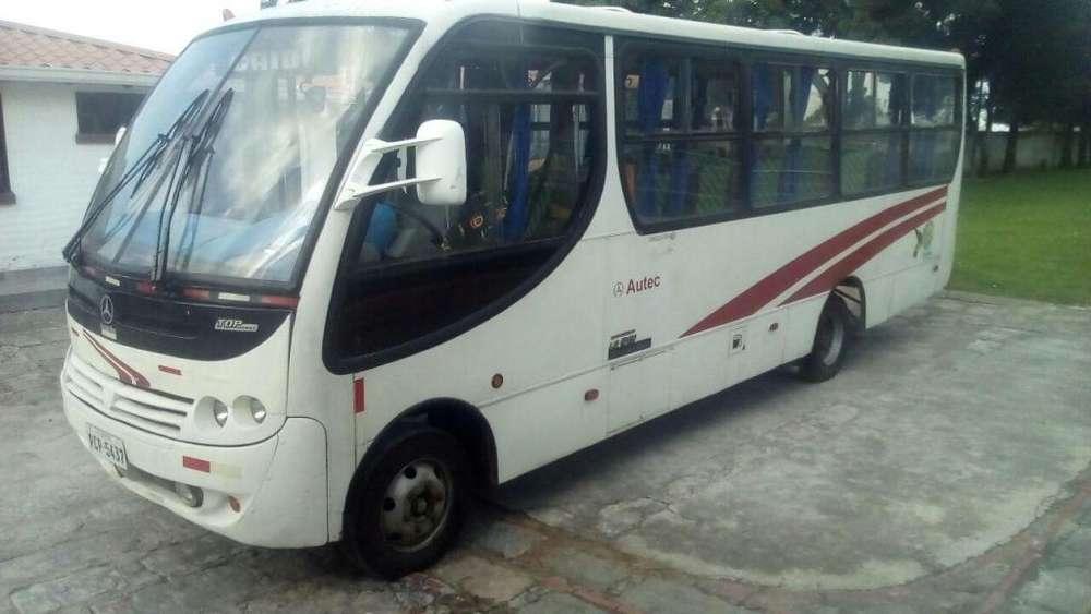MICRO BUS MERCEDEZ BENZ LO915 2004