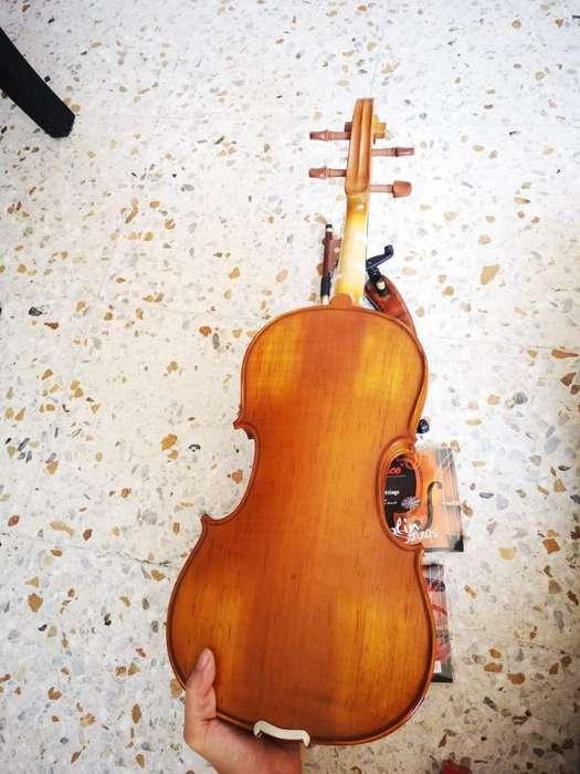 Violin en Excelente Estado