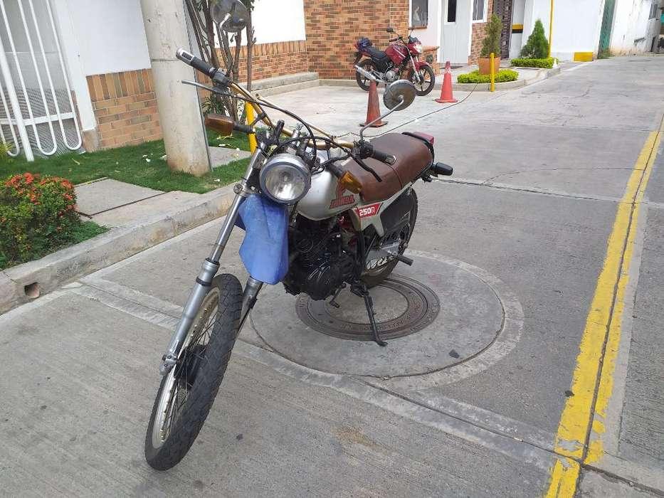 Vendo Honda Xl 250r 1982