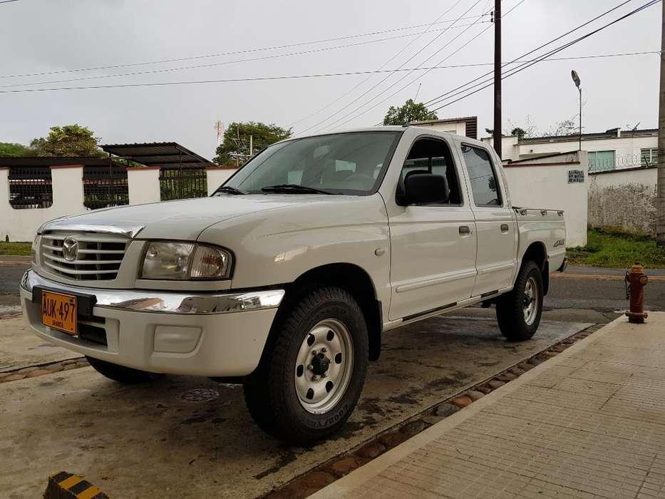 Mazda B-2600 2007 - 175000 km