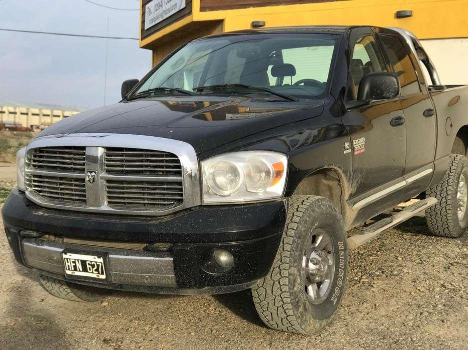 Dodge Ram 2500 2008 - 110000 km