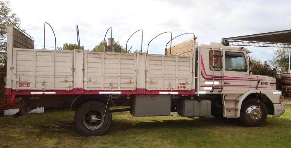 Vendo Hermoso Camión Scania T 113h 4X2 Tablero Envolvente 1993.
