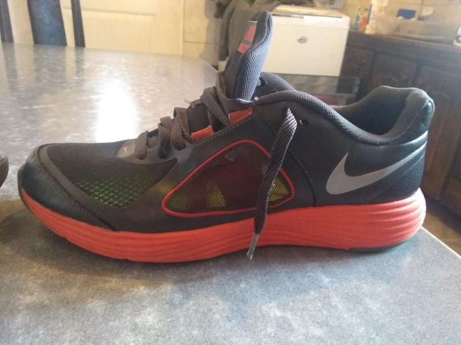 Zapatillas Nike Emerge 2
