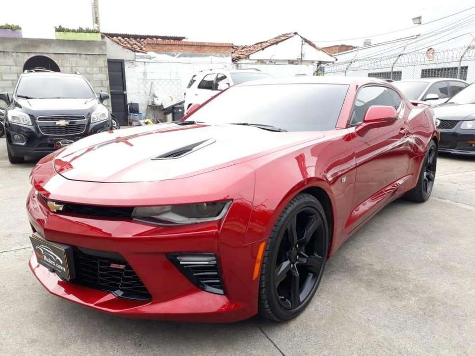 Chevrolet Camaro 2017 - 10700 km