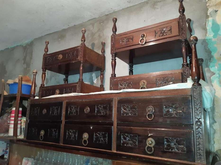 Muebles Antiguos en Excelente Estado