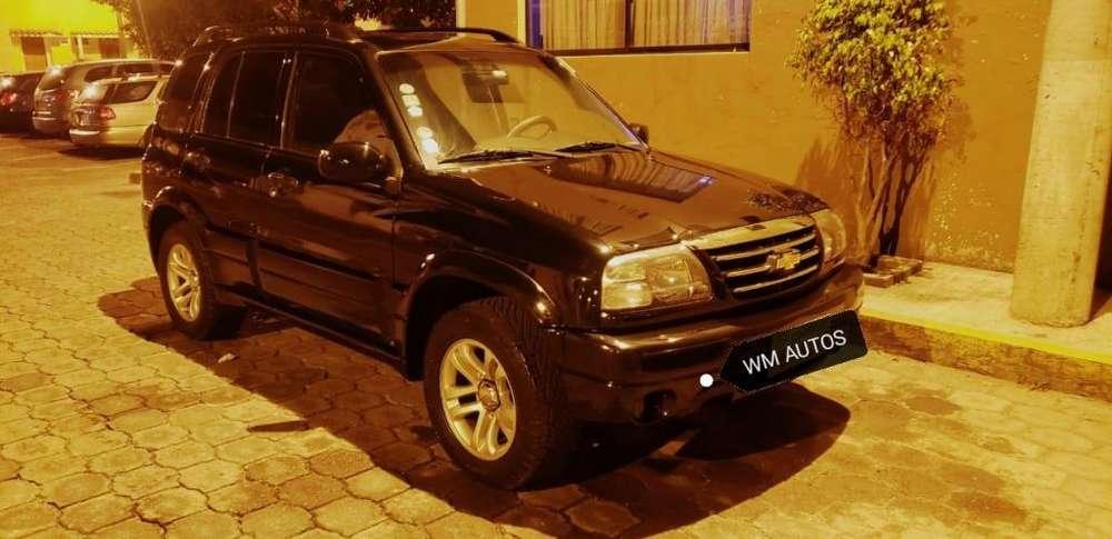 Chevrolet Grand Vitara 2010 - 200000 km