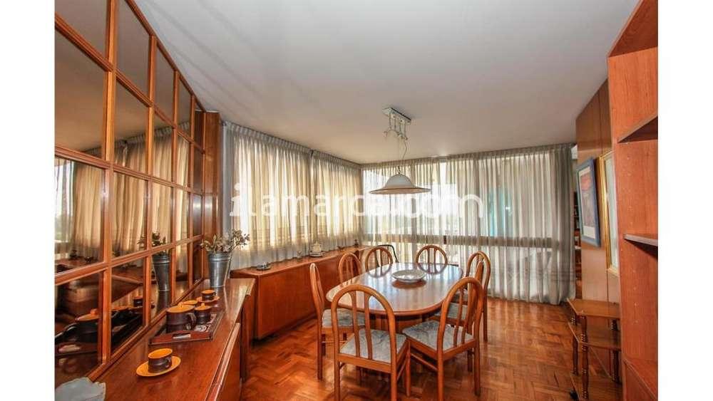 Bv. Chacabuco 1200 - UD 390.000 - Casa en Venta