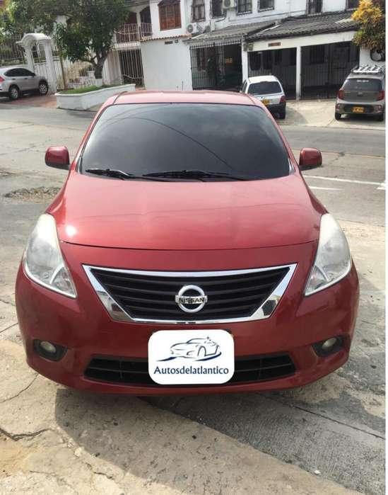 Nissan Versa 2013 - 75000 km