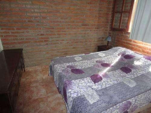 ks25 - Cabaña para 2 a 5 personas con pileta y cochera en Termas De Rio Hondo
