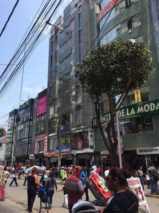 VENTA DE LOCALES COMERCIALES EN GAMARRA