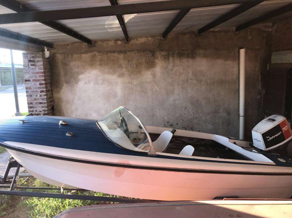 Vendo Lancha Pagliettini C/Motor Johnson