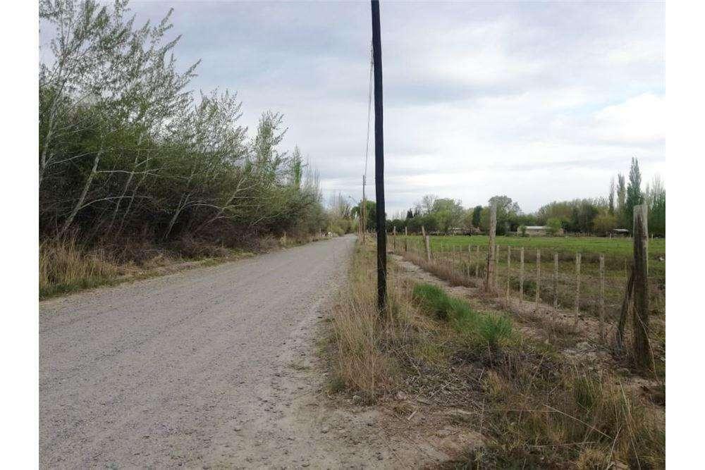 RE/MAX vende terrenos en Stefenelli Sur