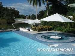 Membrana arquitectónica, sombrillas, asoleadoras, camas árabes, muebles, carpas, toldos, parasoles, cortinas