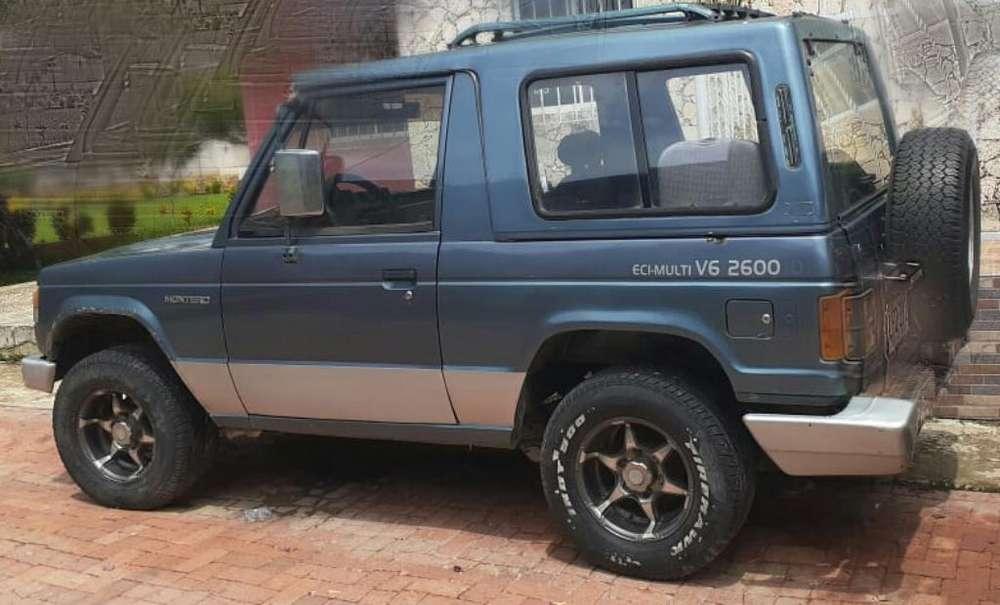 Mitsubishi Montero 1983 - 189000 km