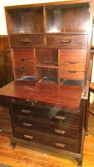 <strong>escritorio</strong> antiguo