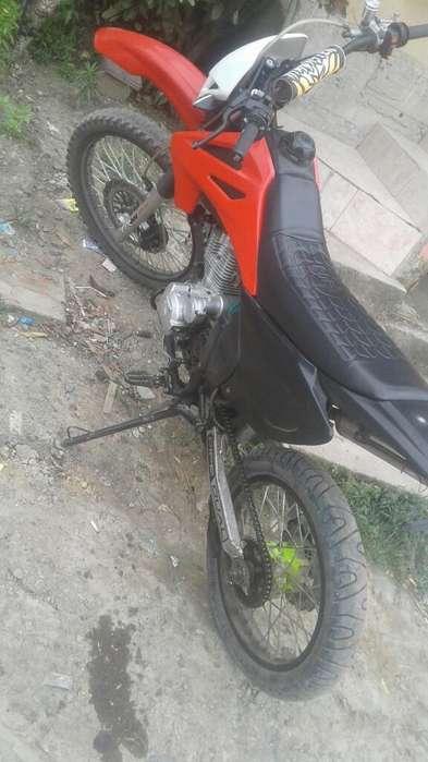 Moto Tipo Cros Pisteras Barata Casi Nueb