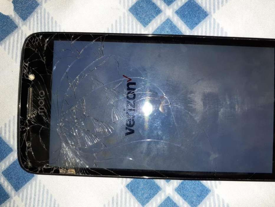 Venta Celular Motorola E4