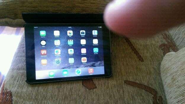mini IPod tablet 16 gb