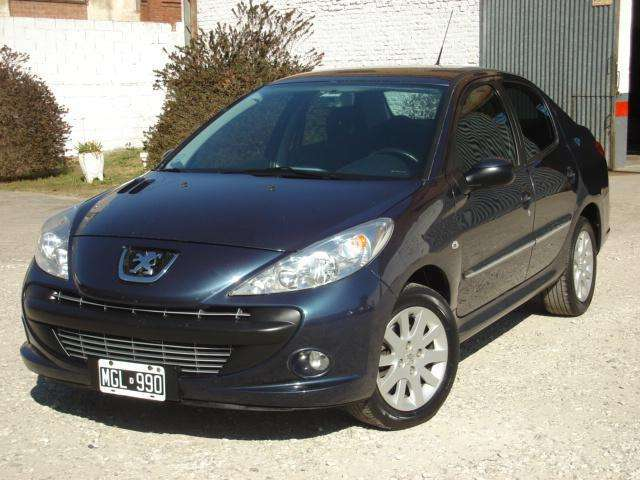 Peugeot 207 2013 - 111000 km