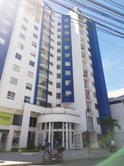 Hermoso <strong>apartamento</strong> en el Barrio el Tejar con vista exterior.