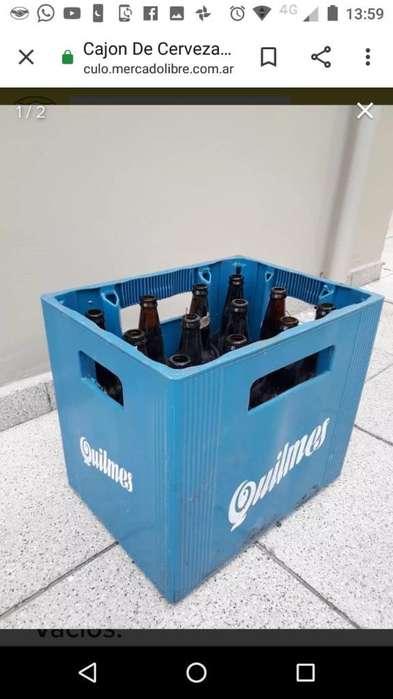 Cajones de Cerveza con Botellas