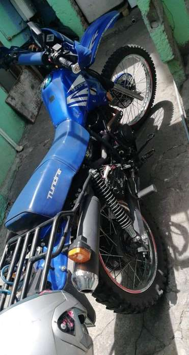 Moto Tundra Tauros 200