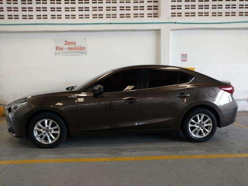 Mazda 3 2016 - 37300 km