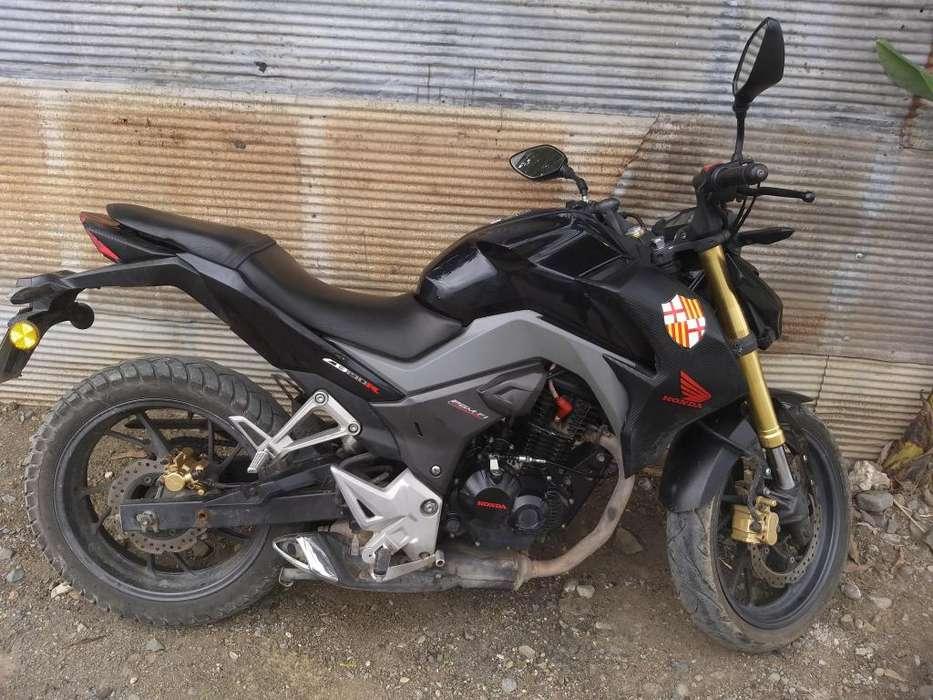 Moto <strong>honda</strong> CB190R