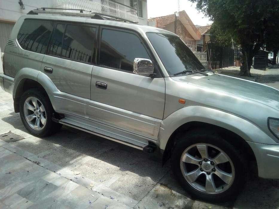 Toyota Prado 2004 - 205 km