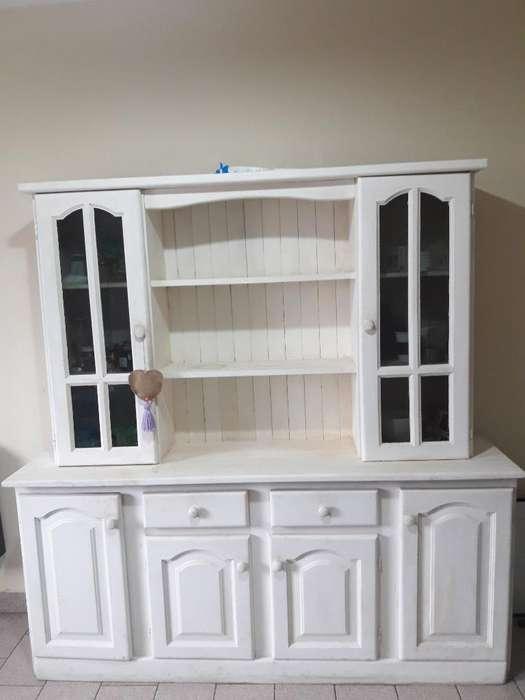Mueble de Algarrobo Renovado