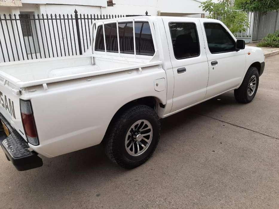 Nissan Frontier 2013 - 112000 km