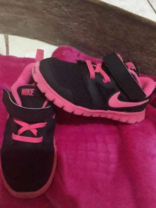 Vendo Zapatillas Nike Nena Original