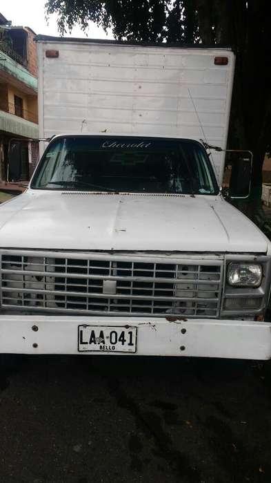 Chevrolet C30 Modelo 1989 Furgon