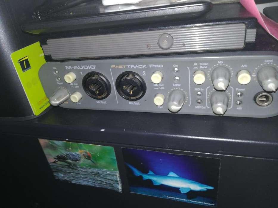 Interfaz M audio fast track pro
