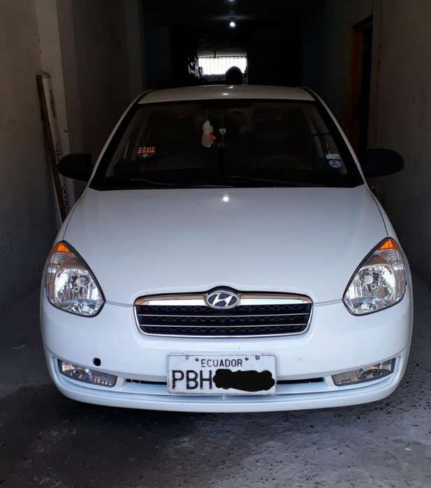 Hyundai Accent 2010 - 327000 km
