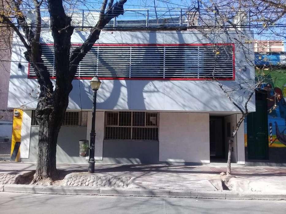Alquilo departamento para turistas pleno centro de Mendoza
