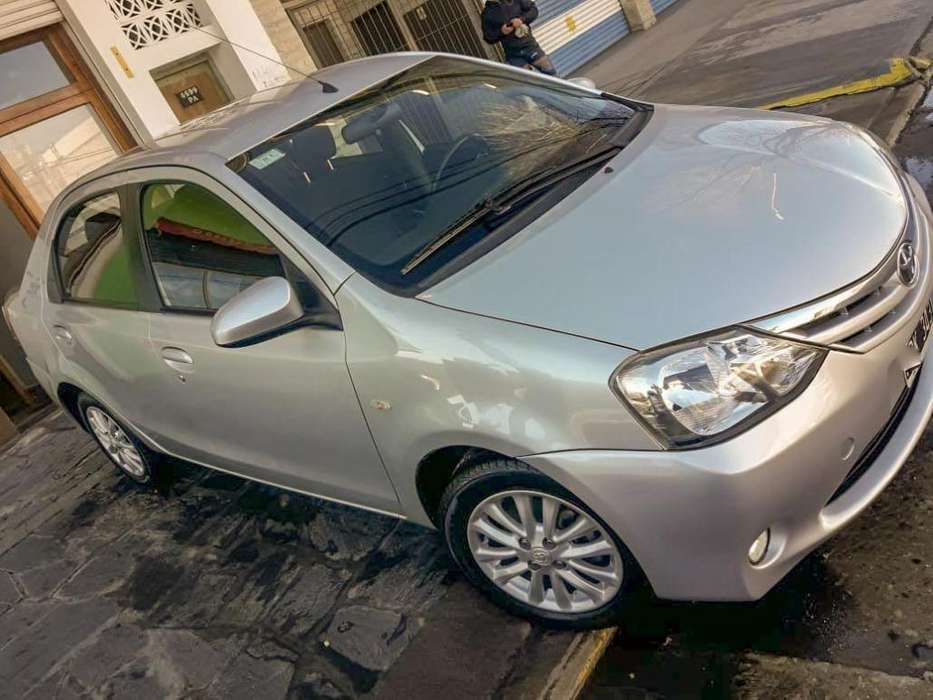 <strong>toyota</strong> Etios 2014 - 112000 km