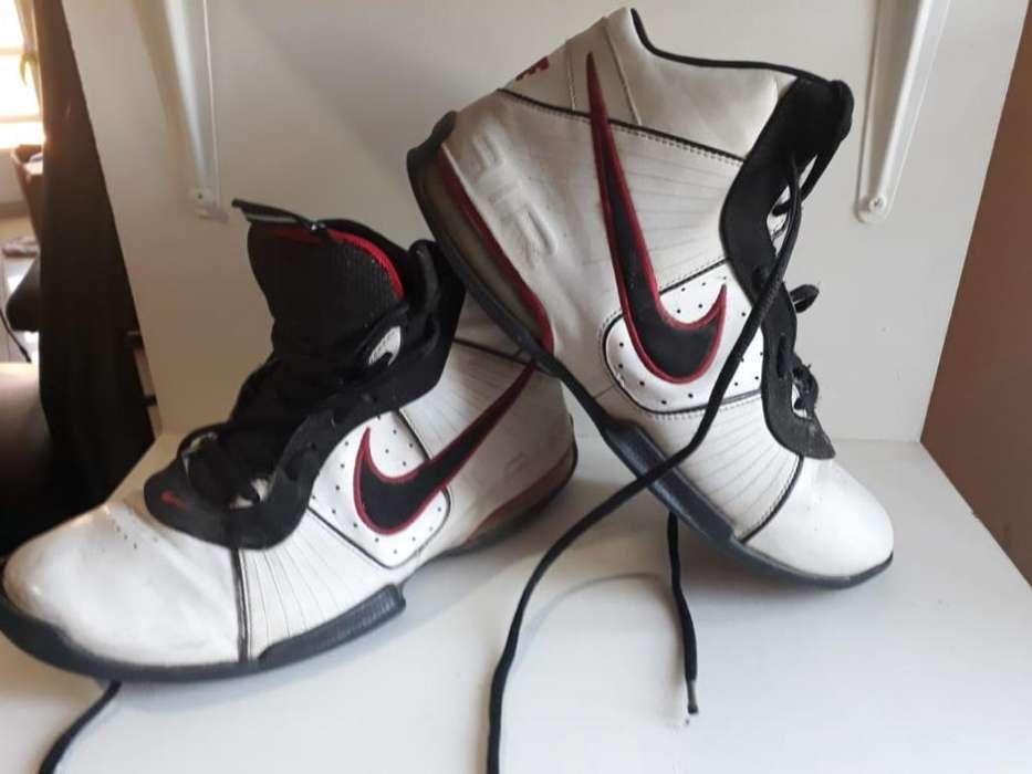 Botas Basquet Nike Nro 39