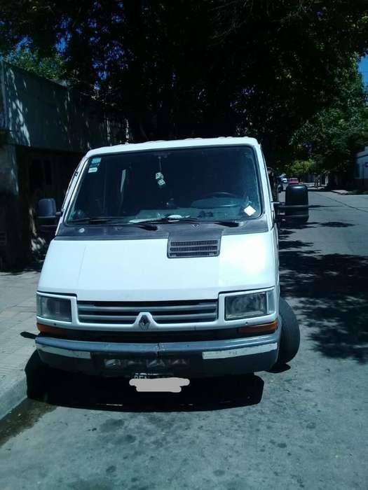 Trafic Año 2000 Motor 1.9 12 Asientos