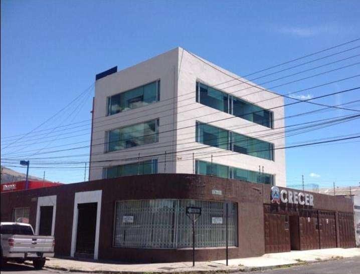 Edificio de Venta o Renta, Centro Norte LA Y, ideal para Centros Médicos