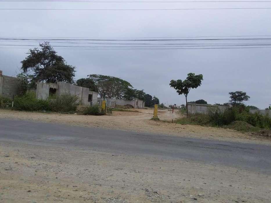 VENTA de terreno grande en la ciudadela del colegio de Ingenieros civiles