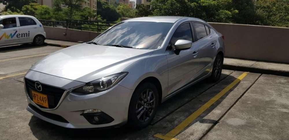 Mazda 3 2015 - 61000 km