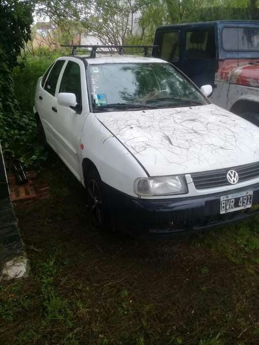 <strong>volkswagen</strong> Polo 1998 - 172382 km