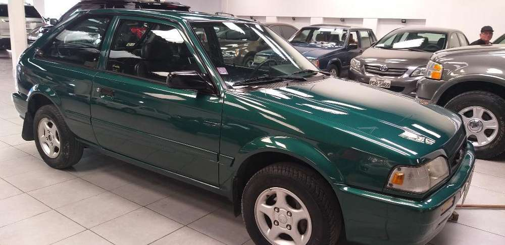 <strong>mazda</strong> 323 2003 - 130000 km