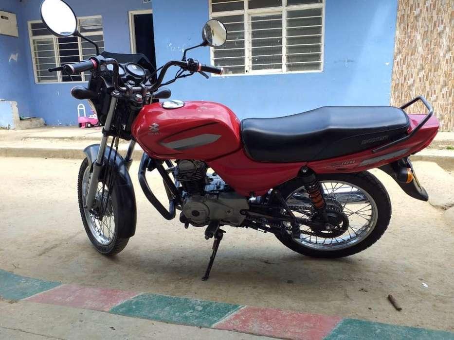 Gangazo !!! Vendo Moto