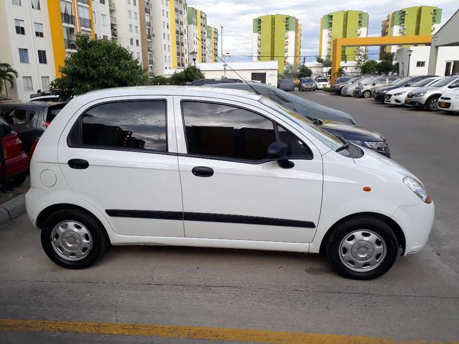 Chevrolet Spark 2012 - 50000 km